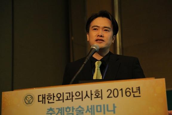 연자_장근욱.JPG